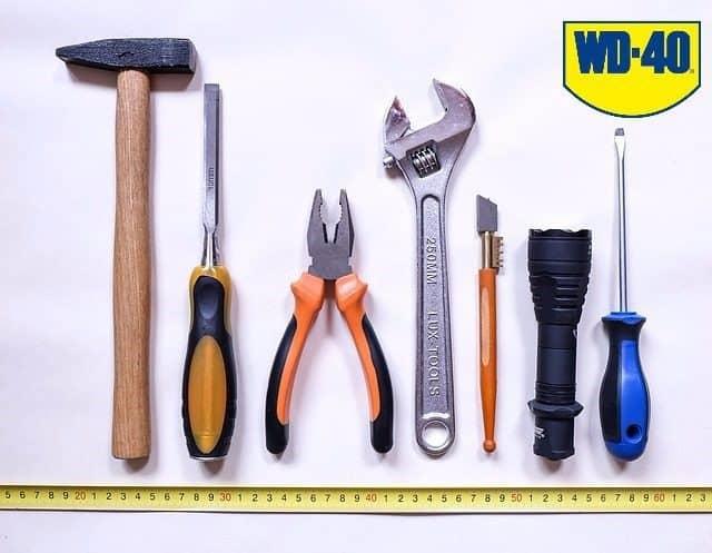 depozitarea uneltelor de gradină