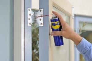 Sfaturi casnice - Uşi care scârțâie